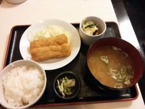 四季よしの味噌汁定食(イカフライ)
