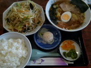 大野飯店の野菜炒めセット900円