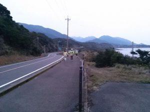 アップダウンが続く屋久島の道